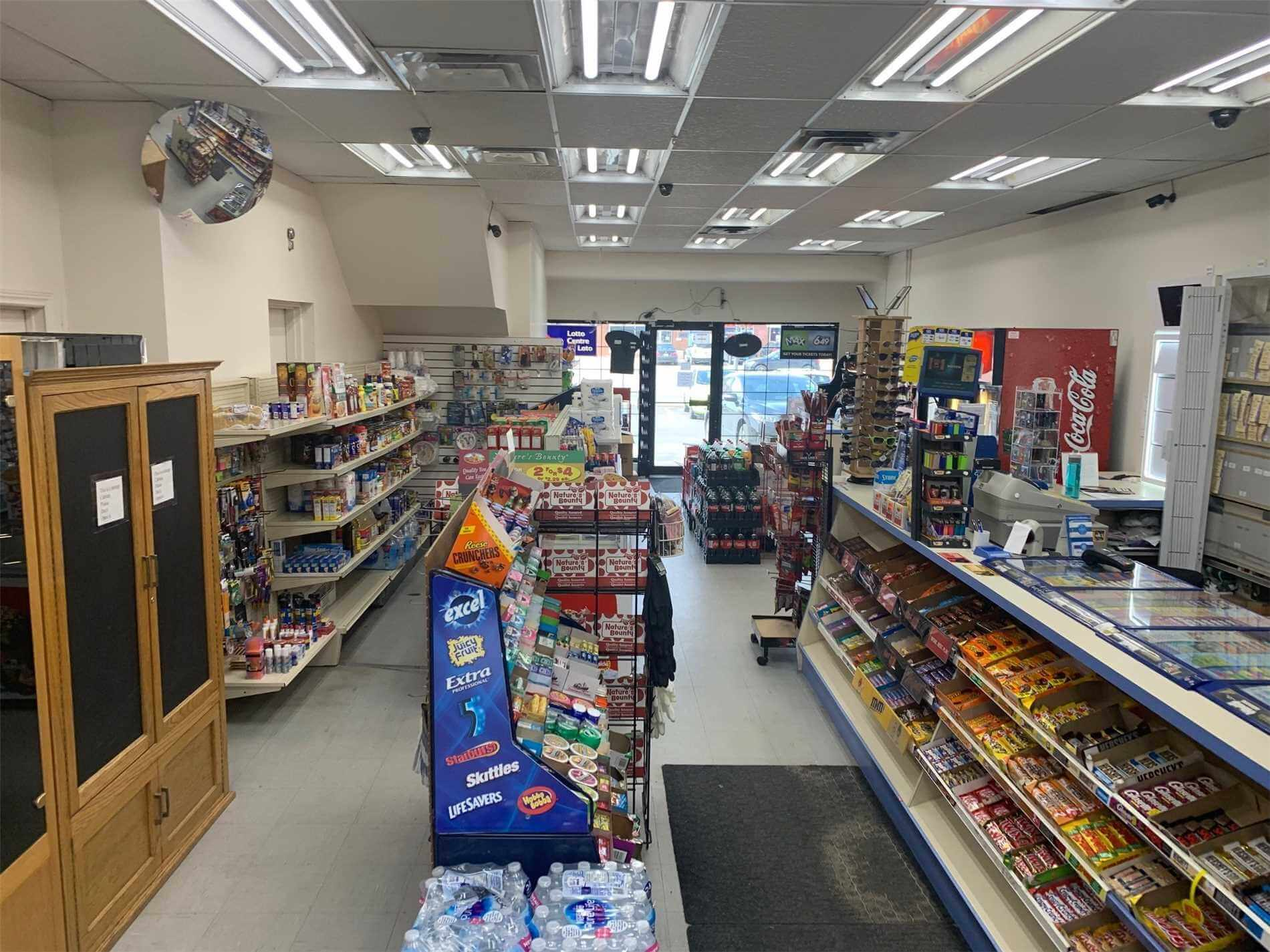 established-convenience-variety-store-in-milton