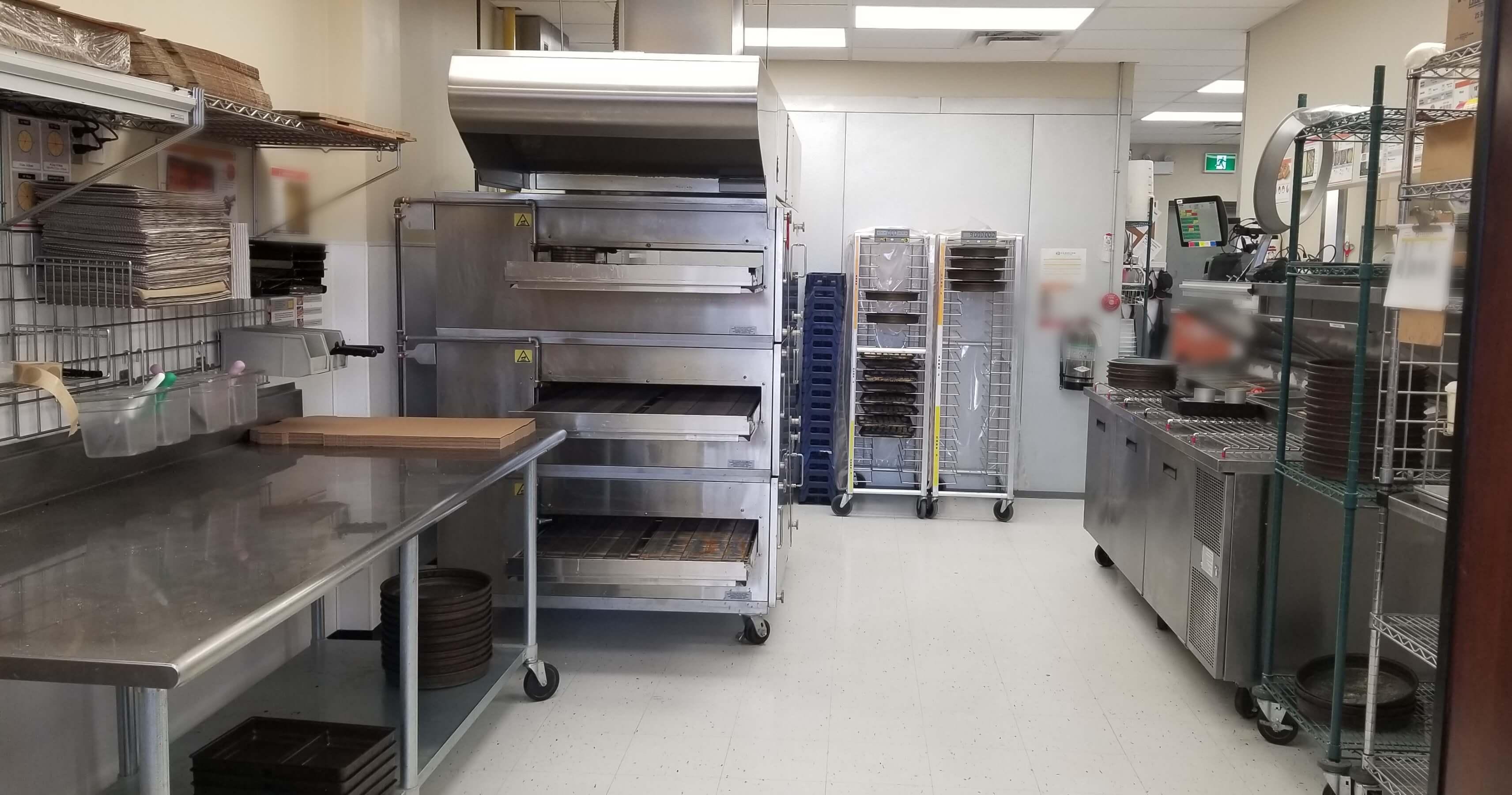 kitchen 3 deck oven